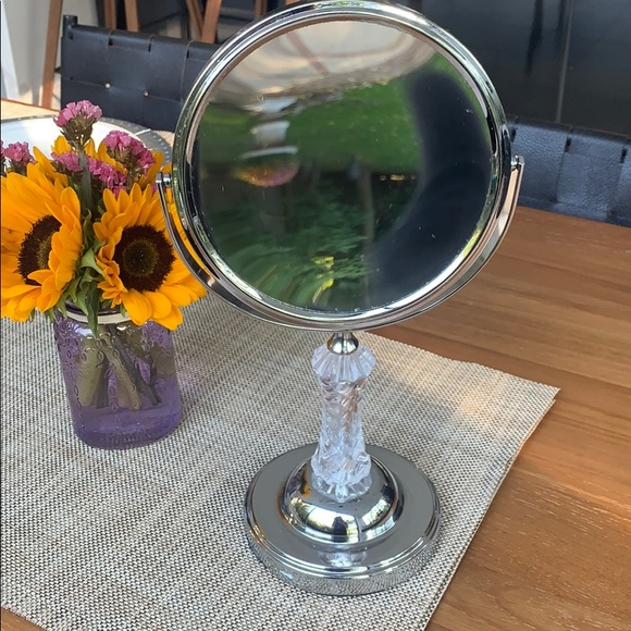 Other - MAGNIFYING MIRROR